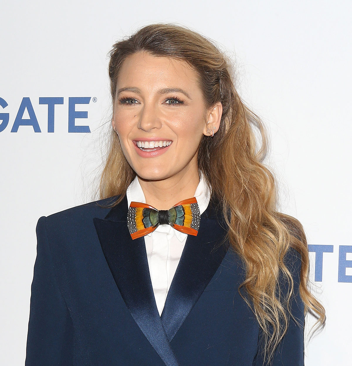 Blake Lively's Pinned-Back Waves