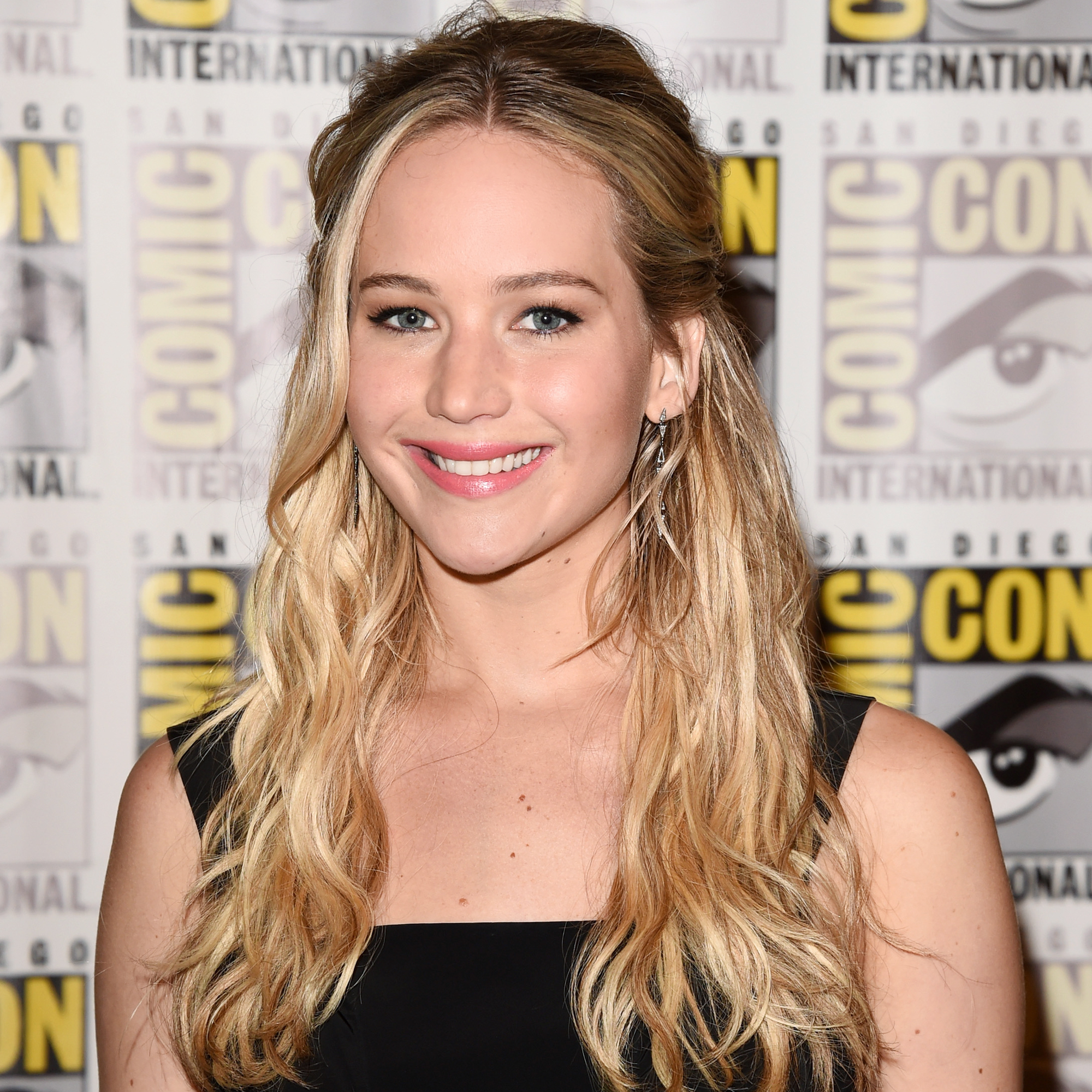 "Actress Jennifer Lawrence of ""The Hunger Games: Mockingjay - Part 2"" attends the Lionsgate press room during Comic-Con International 2015 at the Hilton Bayfront on July 9, 2015 in San Diego, California."