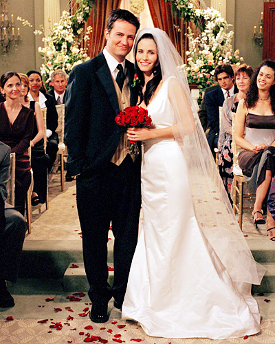 Chandler Bing and Monica Geller - Matthew Perry and Courteney Cox - Friends Wedding
