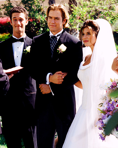 Zack Morris and Kelly Kopowski - Mark-Paul Gosselaar and Tiffani Amber Thiessen - Saved By The Bell Wedding