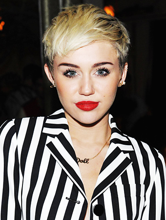 Why Miley Cyrus <em>Really</em> Loves Her Short Hair
