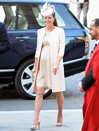 Kate Middleton Baby Bump Style: A Custom Peach Jenny Packham Dress