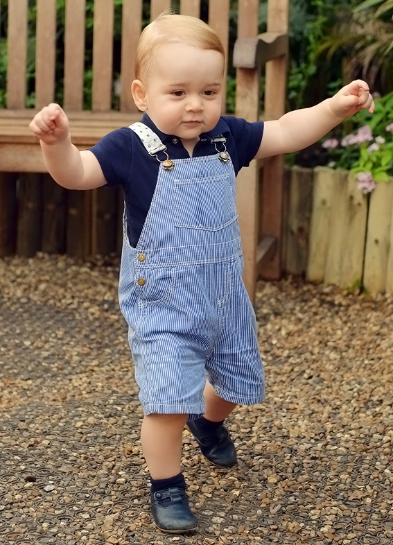 Prince George Shows Off His Walking Skills