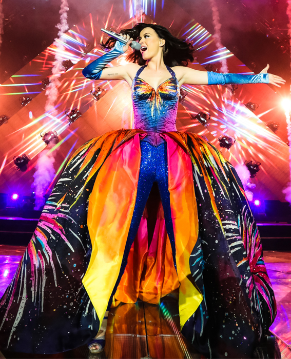 katy perry kicks off her prismatic world tour in couture