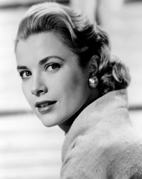 10 striking photos of ultimate style icon grace kelly. Black Bedroom Furniture Sets. Home Design Ideas