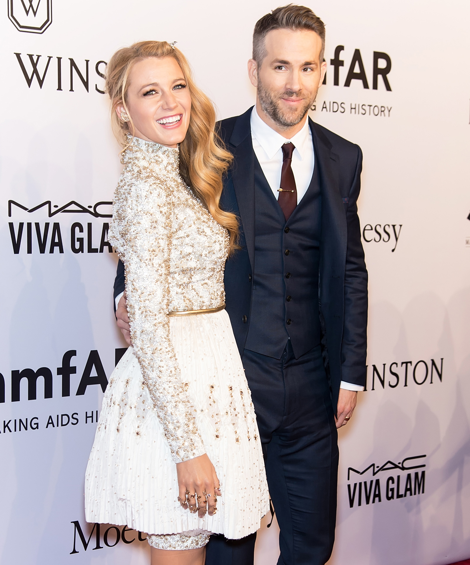 Happy Anniversary, Blake Lively and Ryan Reynolds! 10Times They Gave Us #RelationshipGoals