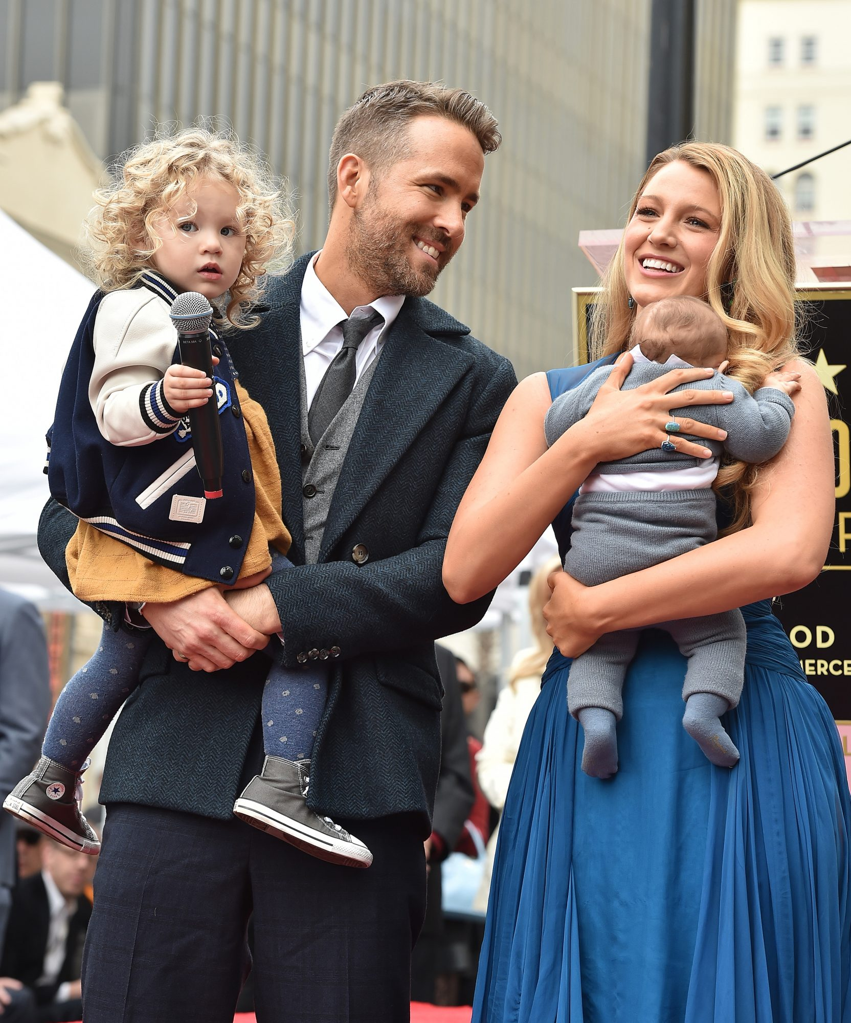 Blake Lively Ryan Reynolds 39 S Cutest Couple Moments