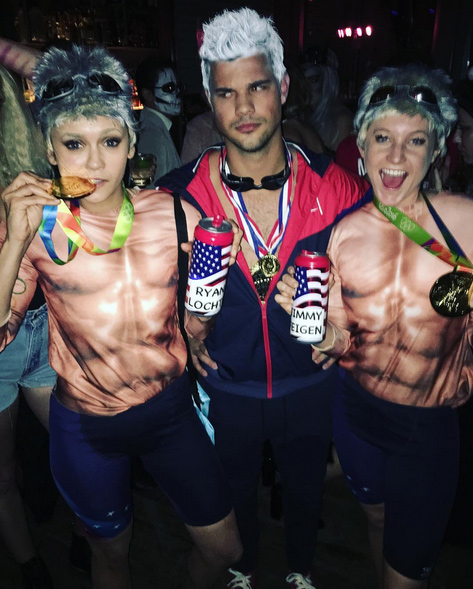 <p>Nina Dobrev and Taylor Lautner</p>