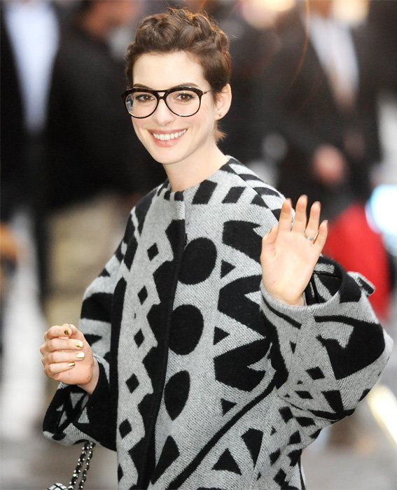 Celebs in Glasses: Anne Hathaway