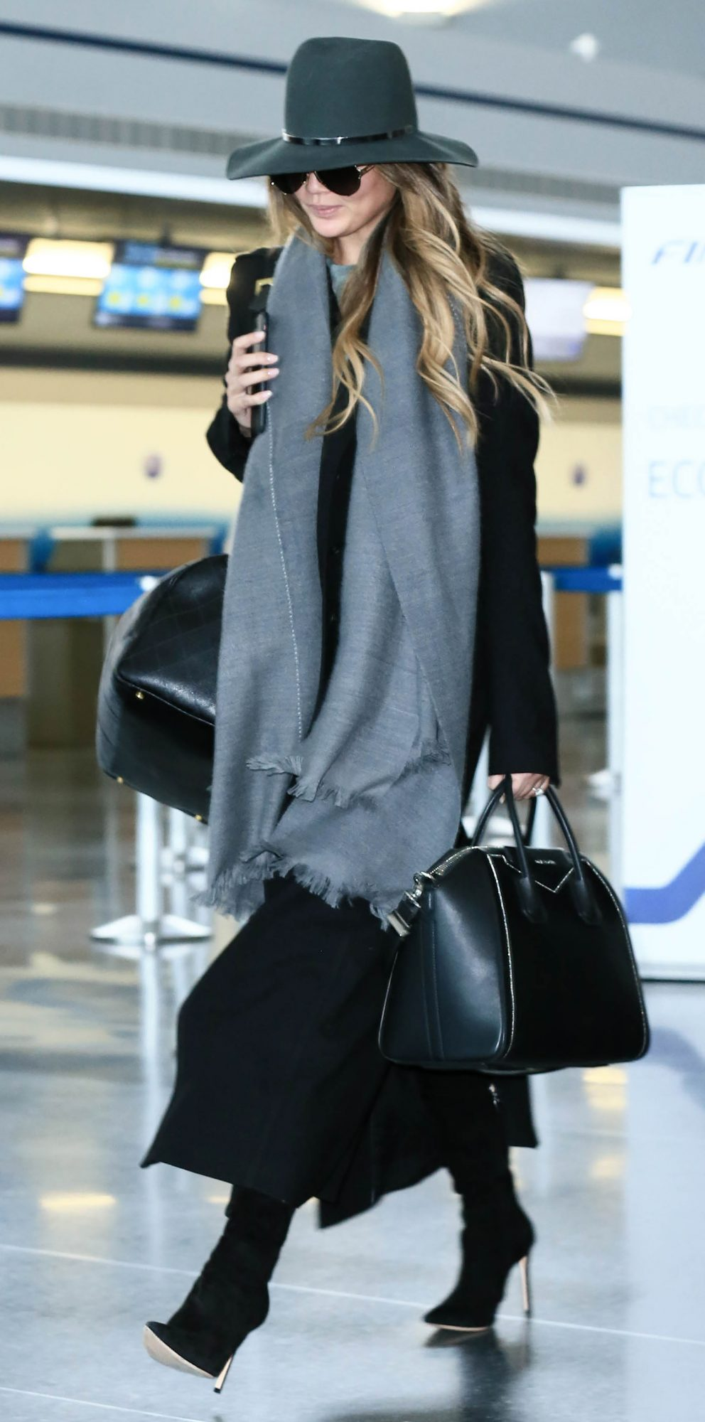 celebrityinspired outfits to wear on a plane instylecom