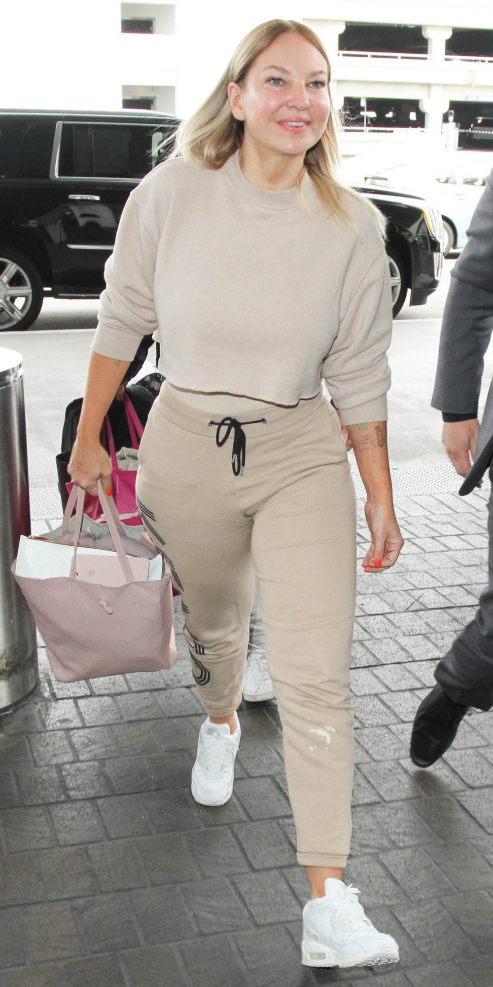 f1a365ad475fdc Celebrity-Inspired Outfits to Wear on a Plane | InStyle.com