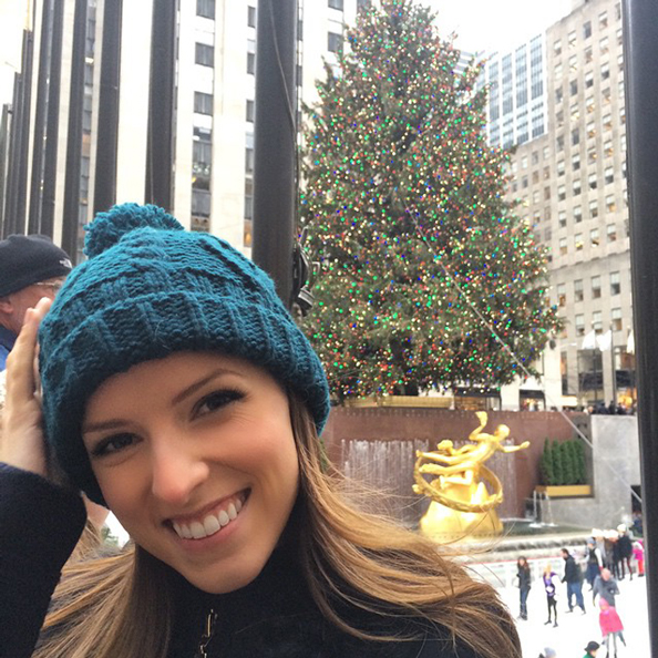 Anna Kendrick: Who I Love to Follow On Twitter and Instagram