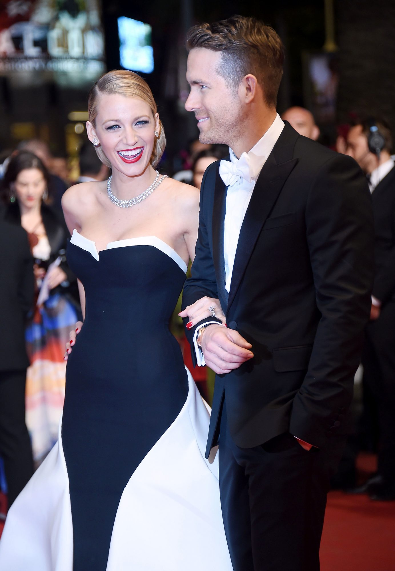 Blake Lively Treats Us to a Shirtless Pic of Ryan Reynolds, Explains Her Fear of Him