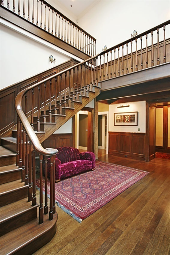 Taylor Swift's New York City Penthouse - The Staircase