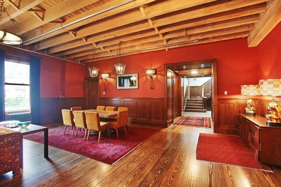 Taylor Swift's New York City Penthouse - The Nook