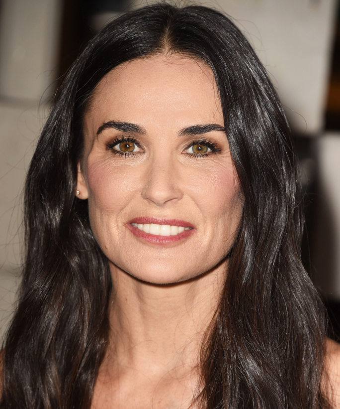 Demi Moore Is One Hot Mama in a Bikini With Her Daughters