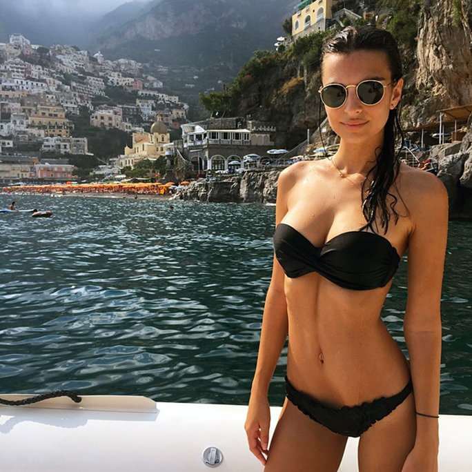 Emily Ratajkowski Causes Serious Travel Envy With Her Latest Bikini 'Gram