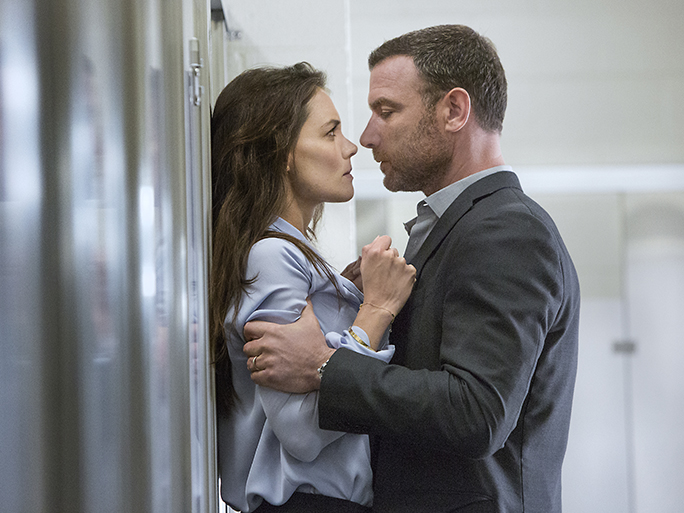 Katie Holmes Returns to TV This Sunday! All About Her<em>Ray Donovan </em>Role