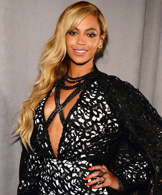 In What Order Should You Apply Your Makeup? Beyonce's Makeup Artist Weighs In