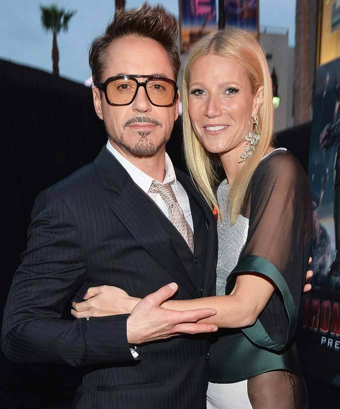 Gwyneth Paltrow and Robert Downey Jr. (aka Pepper Potts and Iron Man) Take a Beach Selfie