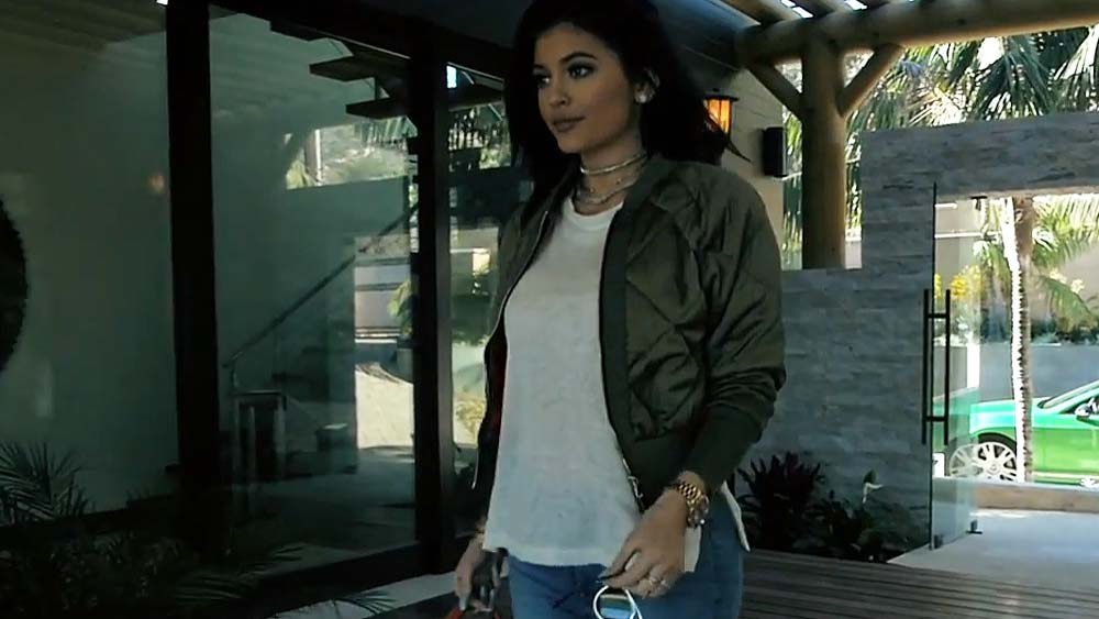 Kylie Jenner in Tyga's Stimulated Video - Lead