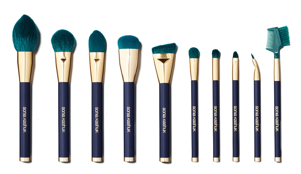 Here's Exactly How to Clean Your Makeup Brushes