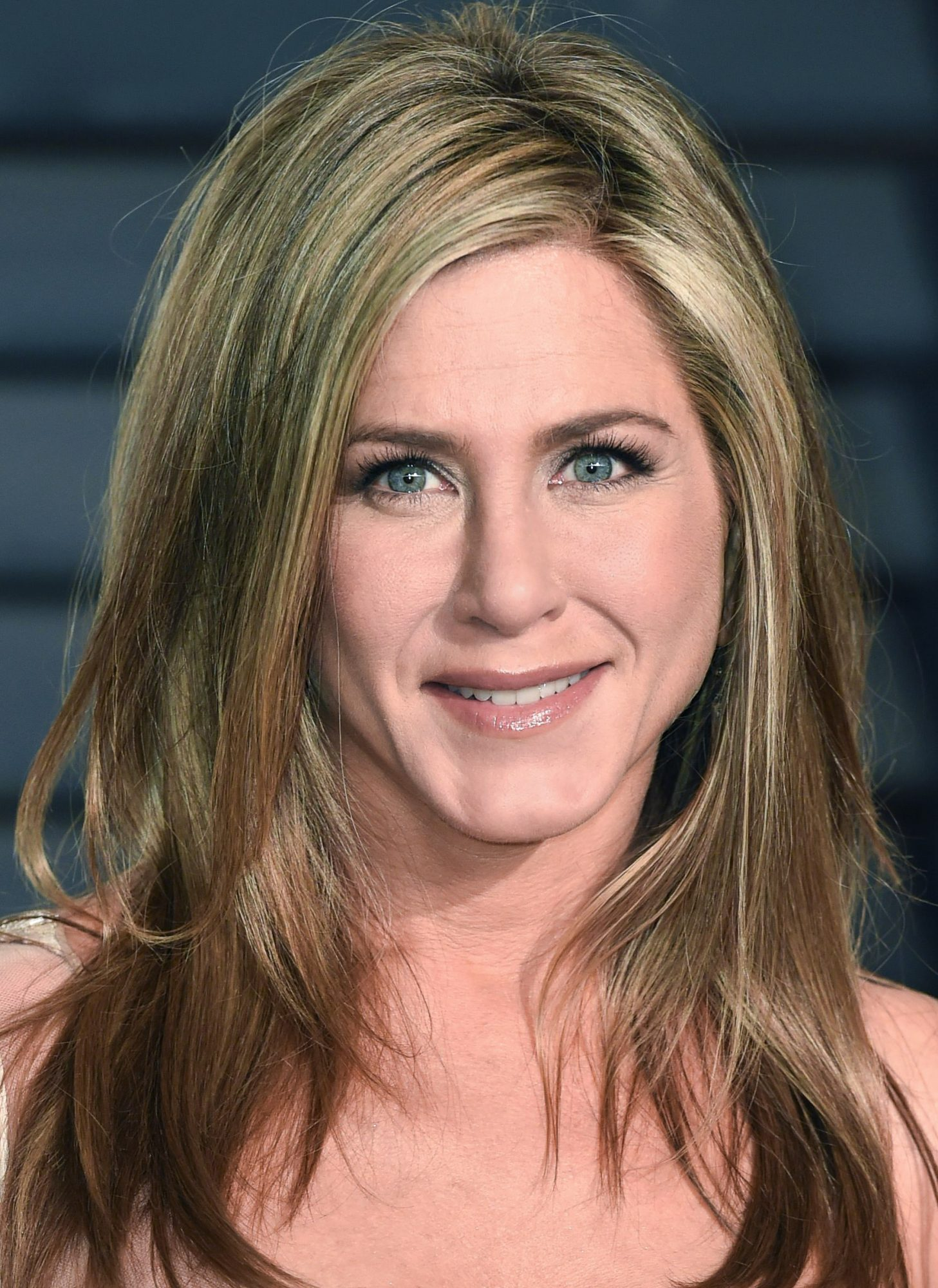 A Confused Jennifer Aniston Sports a Bathrobe in This Hilarious Emirates Airline Commercial