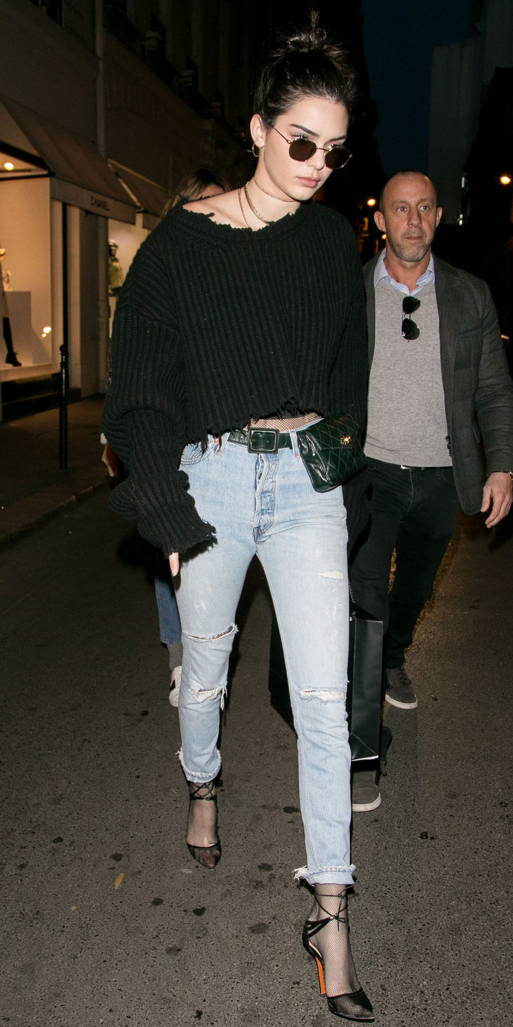45fb5b1e55e0 Kendall Jenner s Chic Street Style