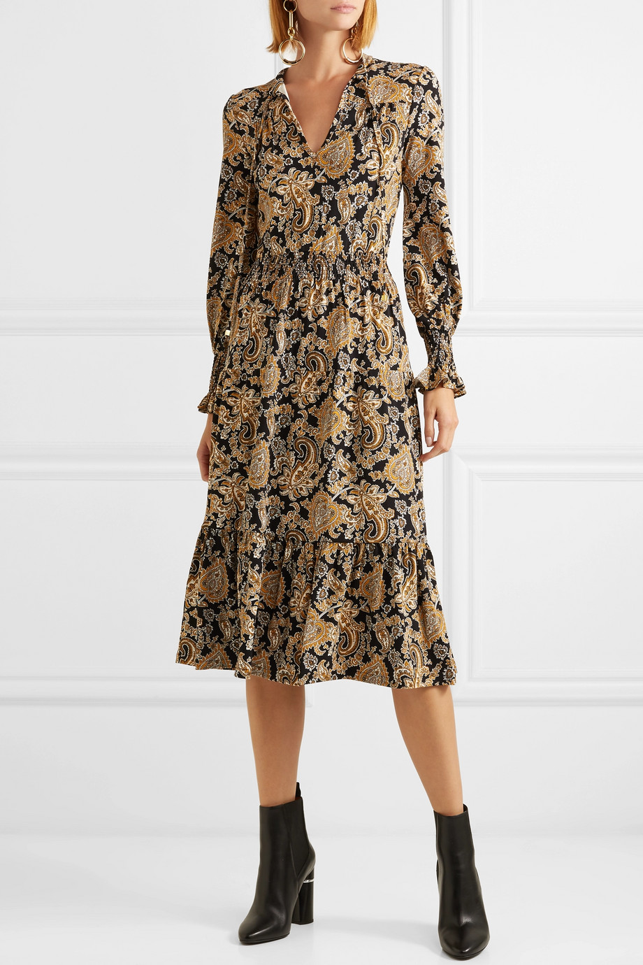 What to Wear to a Winter Wedding , Winter Wedding Guest