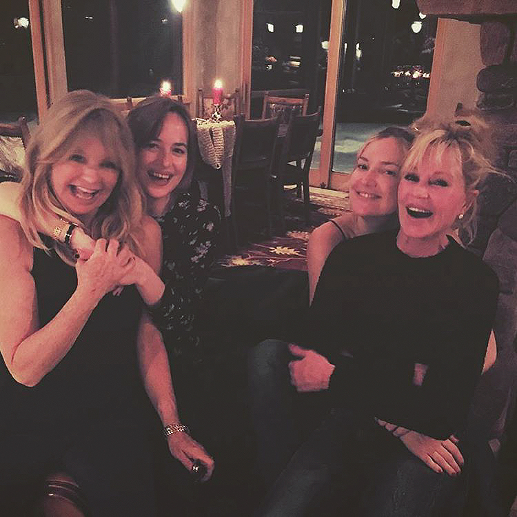 Dakota Johnson and Kate Hudson Swap Famous Moms in Their Aspen Vacation Photo