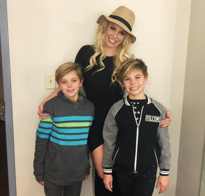 Britney Spears - with sons