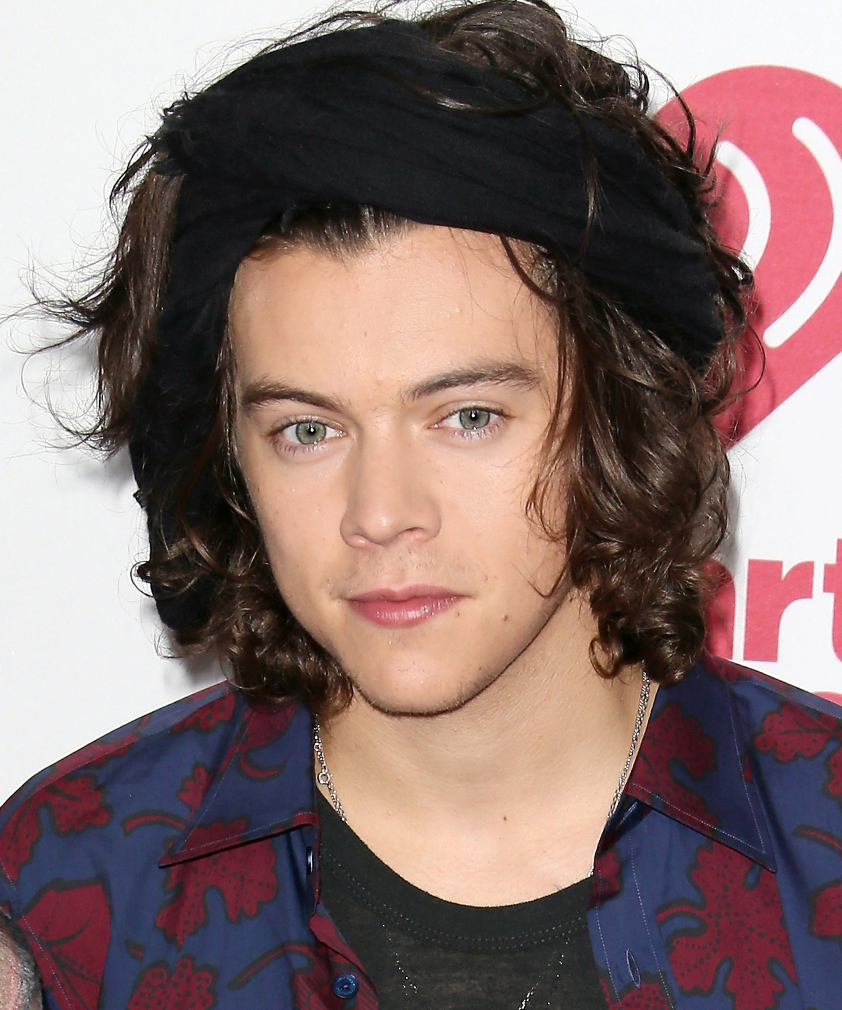 See Birthday Boy Harry Styless Best Ever Hair Moments Instyle