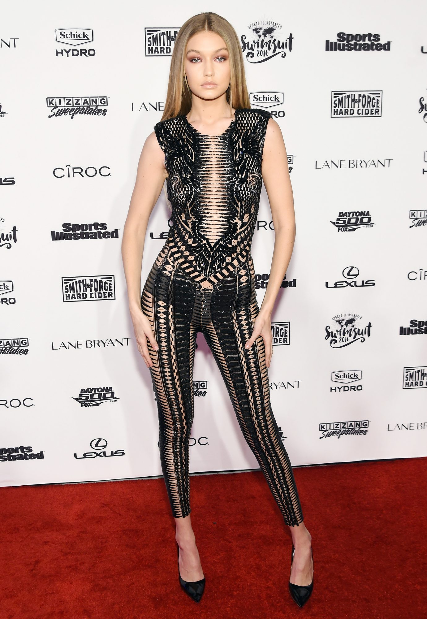 Gigi Hadid Steps Out in Her Sexiest Look Yetat <em>SI Swimsuit</em> Party