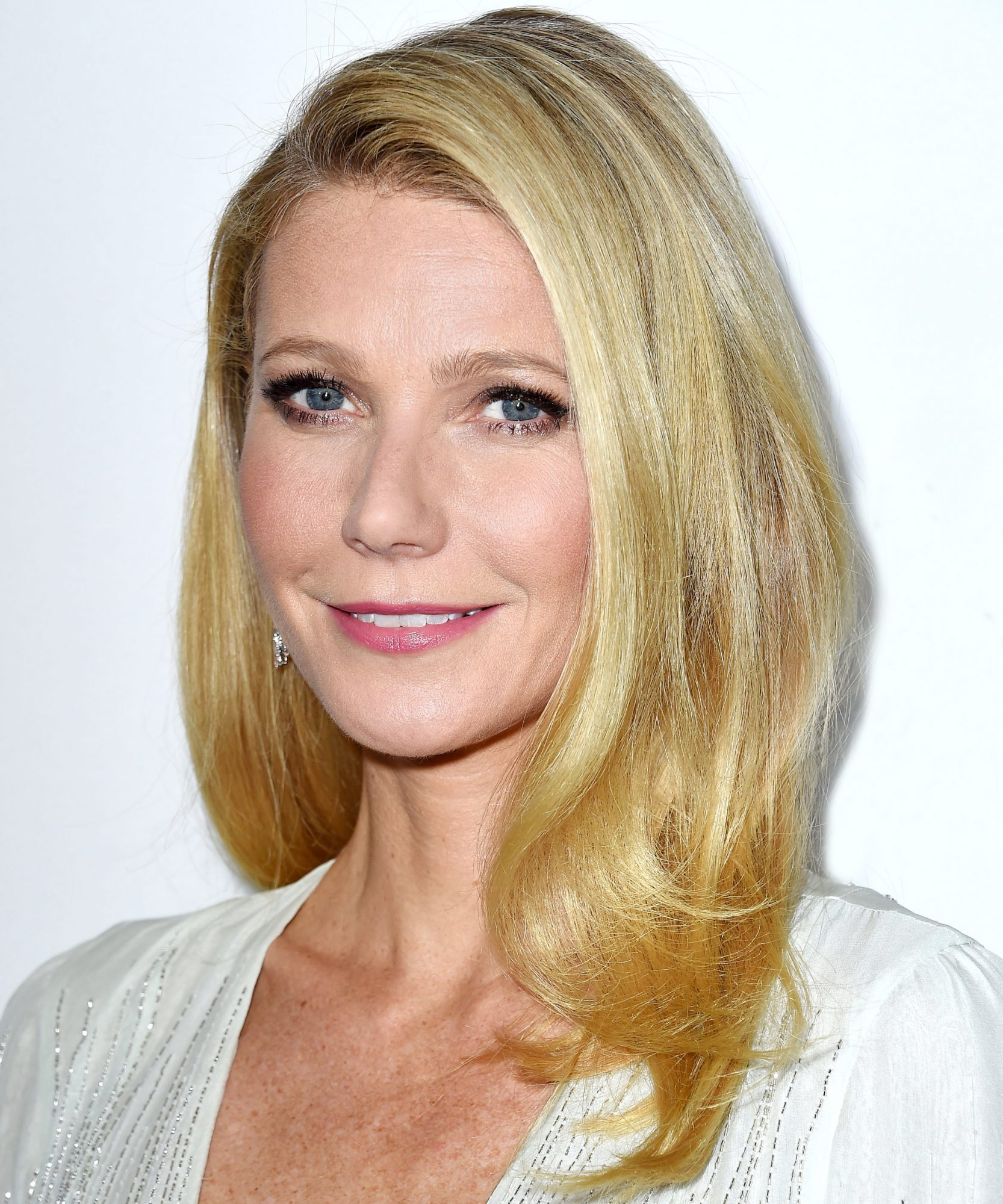 Exclusive: Go Behind the Scenes of Gwyneth Paltrow's Goop by Juice Beauty Skin-Care Campaign