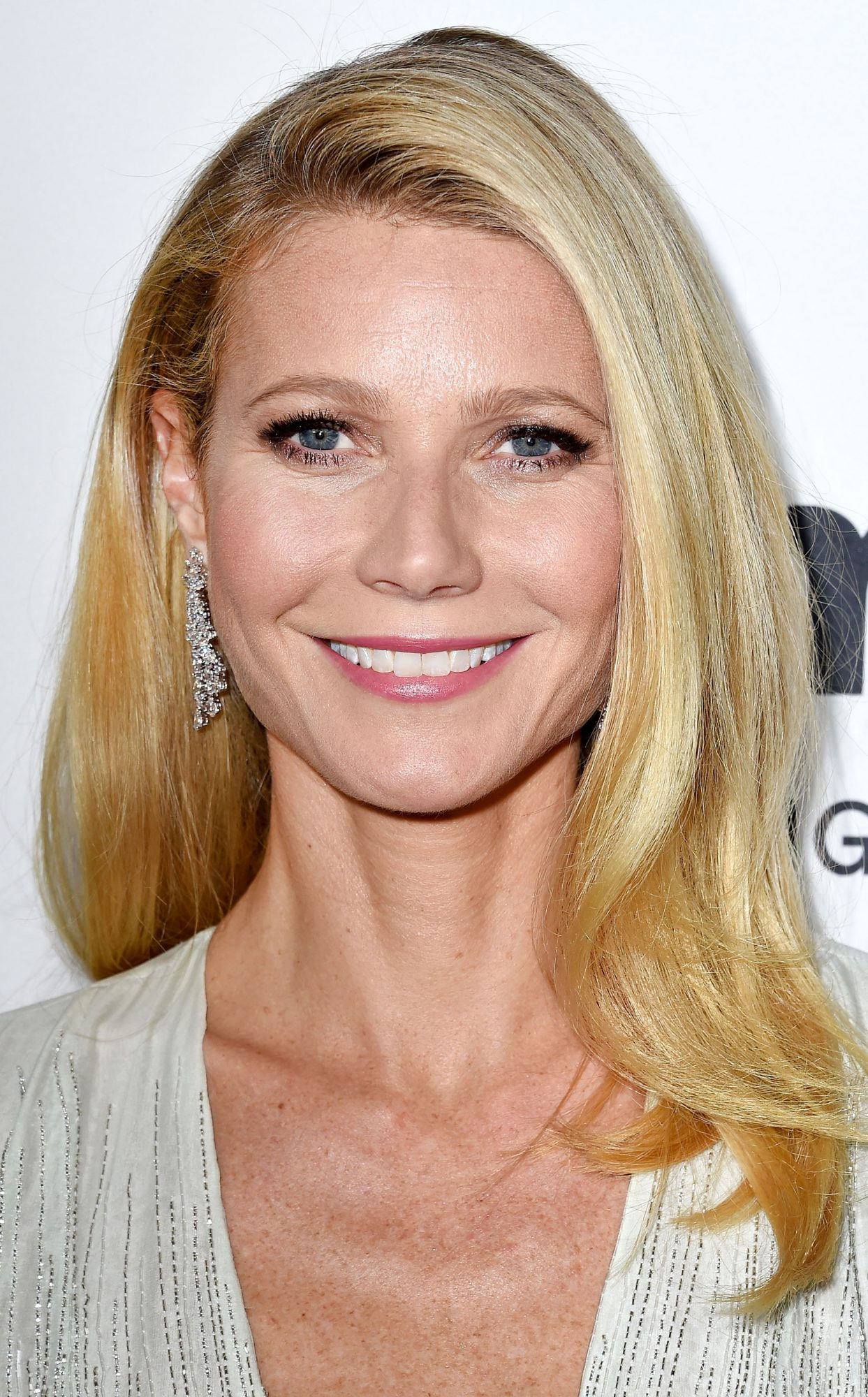 Gwyneth Paltrow's Goop by Juice Beauty Skin-Care Line Is Here! Get a Closer Look