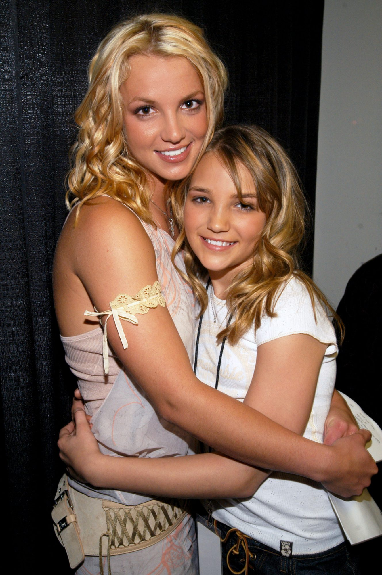 Britney Spears and Jamie-Lynn Spears - Nickelodeon Kids Choice Awards 2003