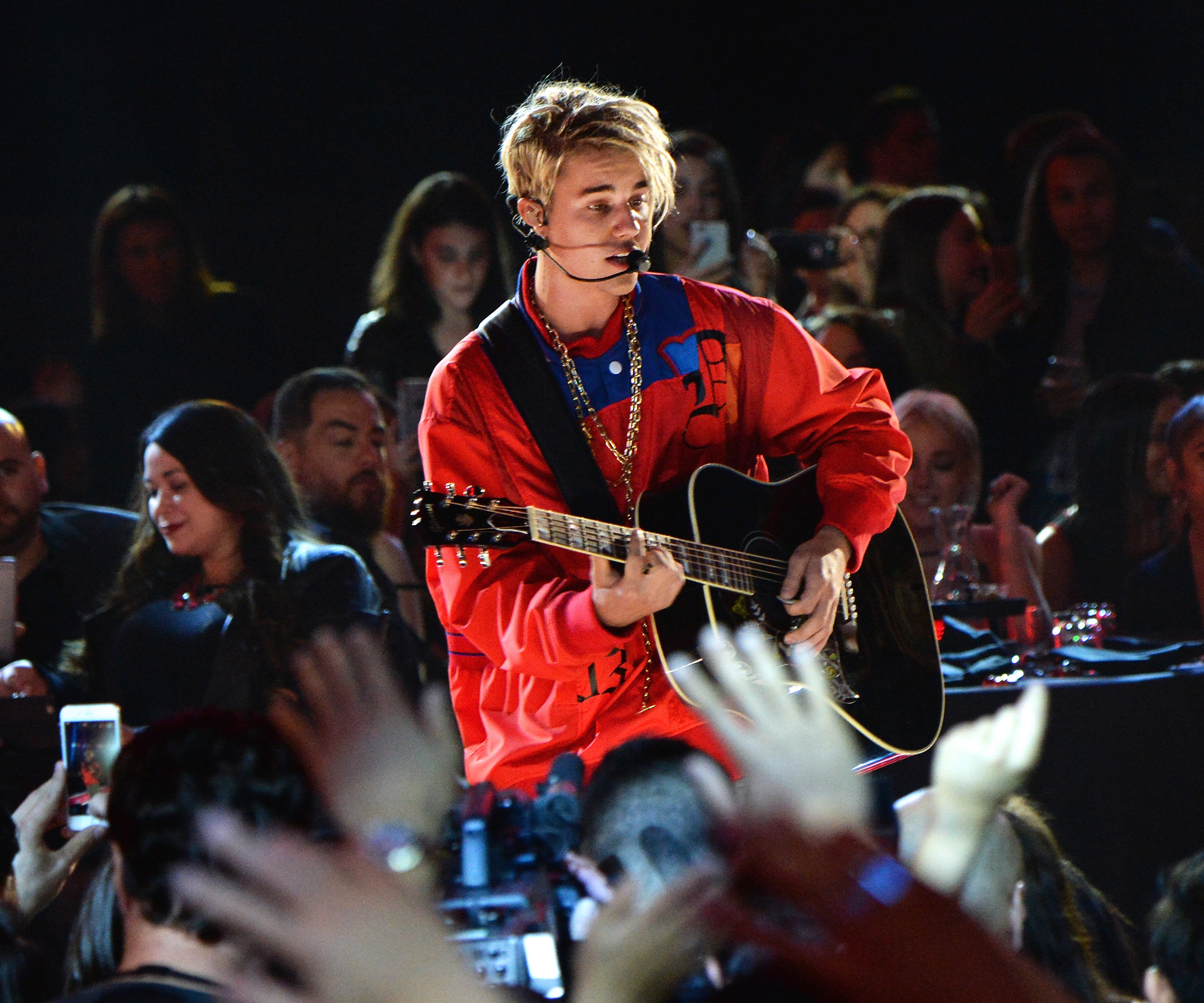 iHeartRadio Music Awards Embed 3 - Justin Bieber