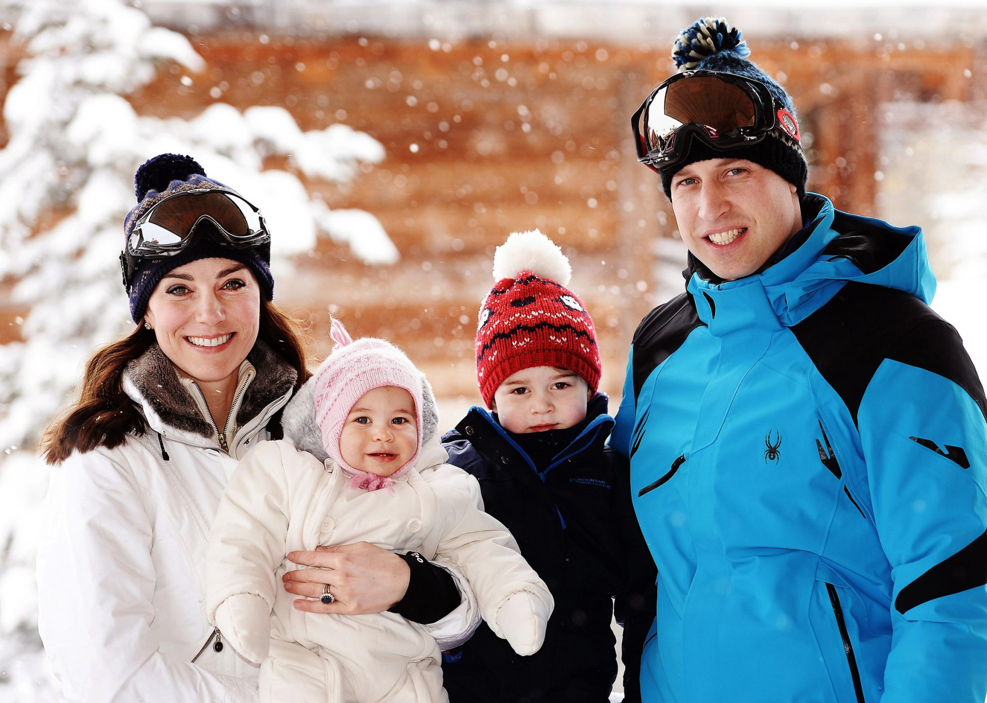 Kate Middleton Prince William Family Photo Embed