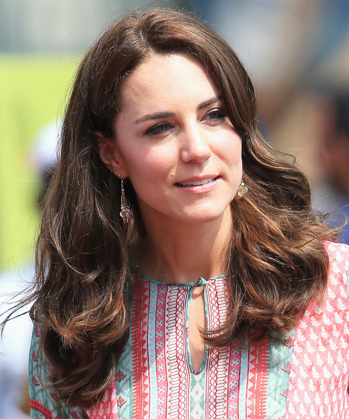 kate middleton hair styles see every single hairstyle kate middleton wore on trip 8932