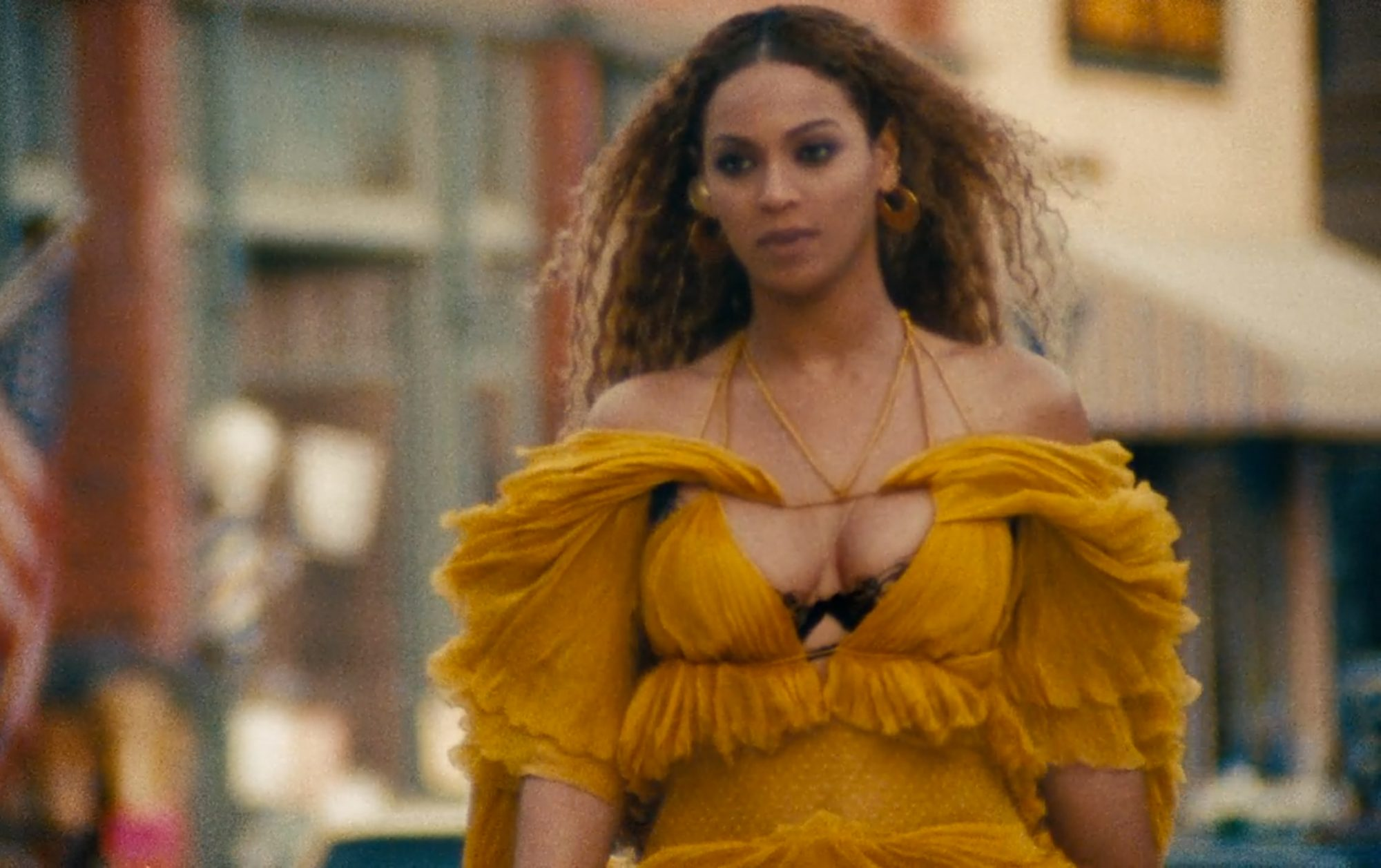 yellow dress like beyonce lemonade kickass