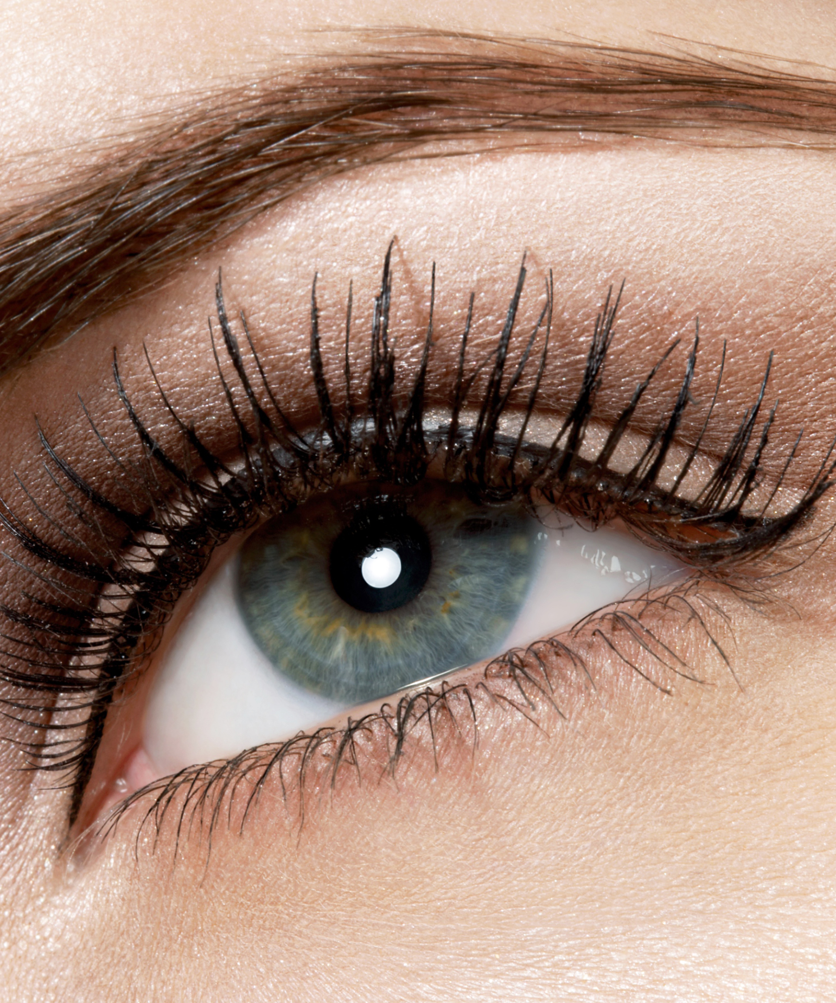 8 Eyelash Primers That'll Give You the Best Lashes of Your Life