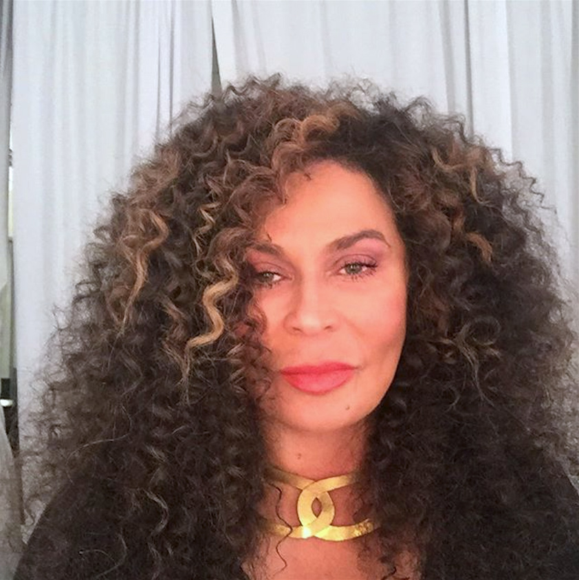 Beyonce S Mom Tina Lawson Reveals How To Get Her Curly Hairstyle