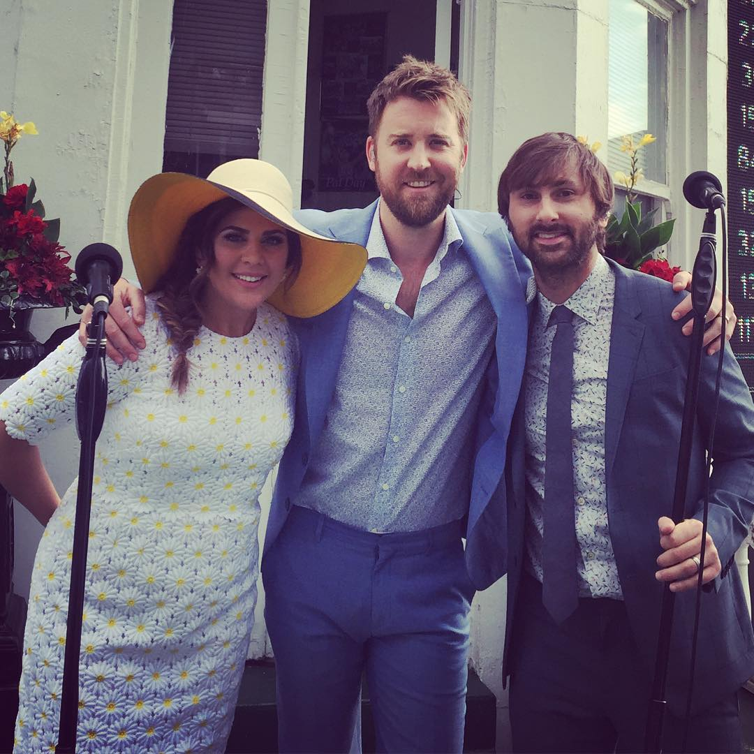 Horsing Around! Here's How Celebrities Watched the 2016 Kentucky Derby
