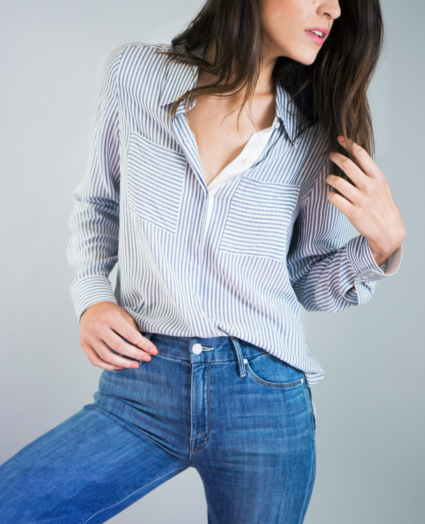 4 Ways to Stylishly Tuck In Your Shirt