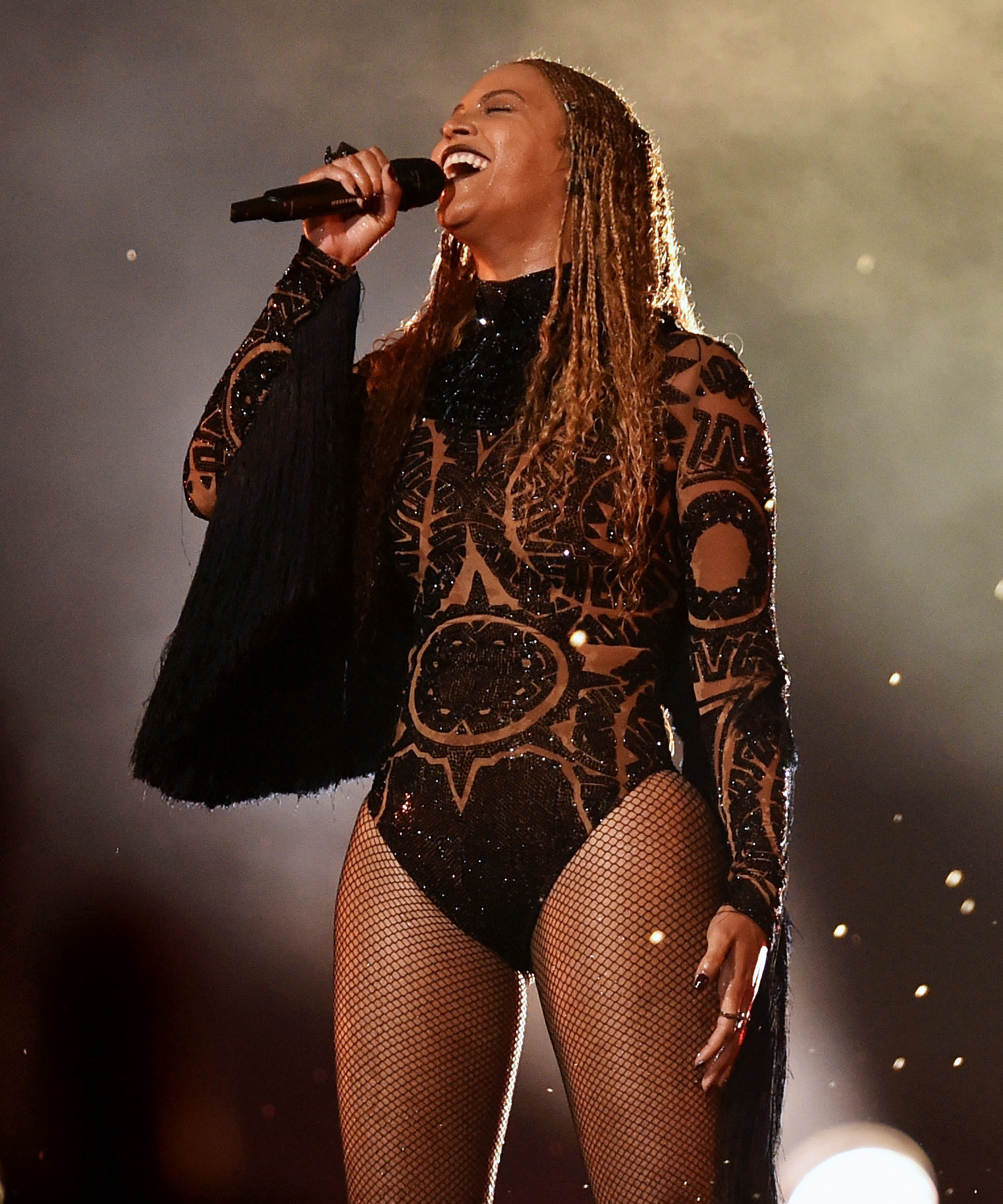 Beyoncé Just Tore Up the 2016 BET Awards with a Surprise Performance