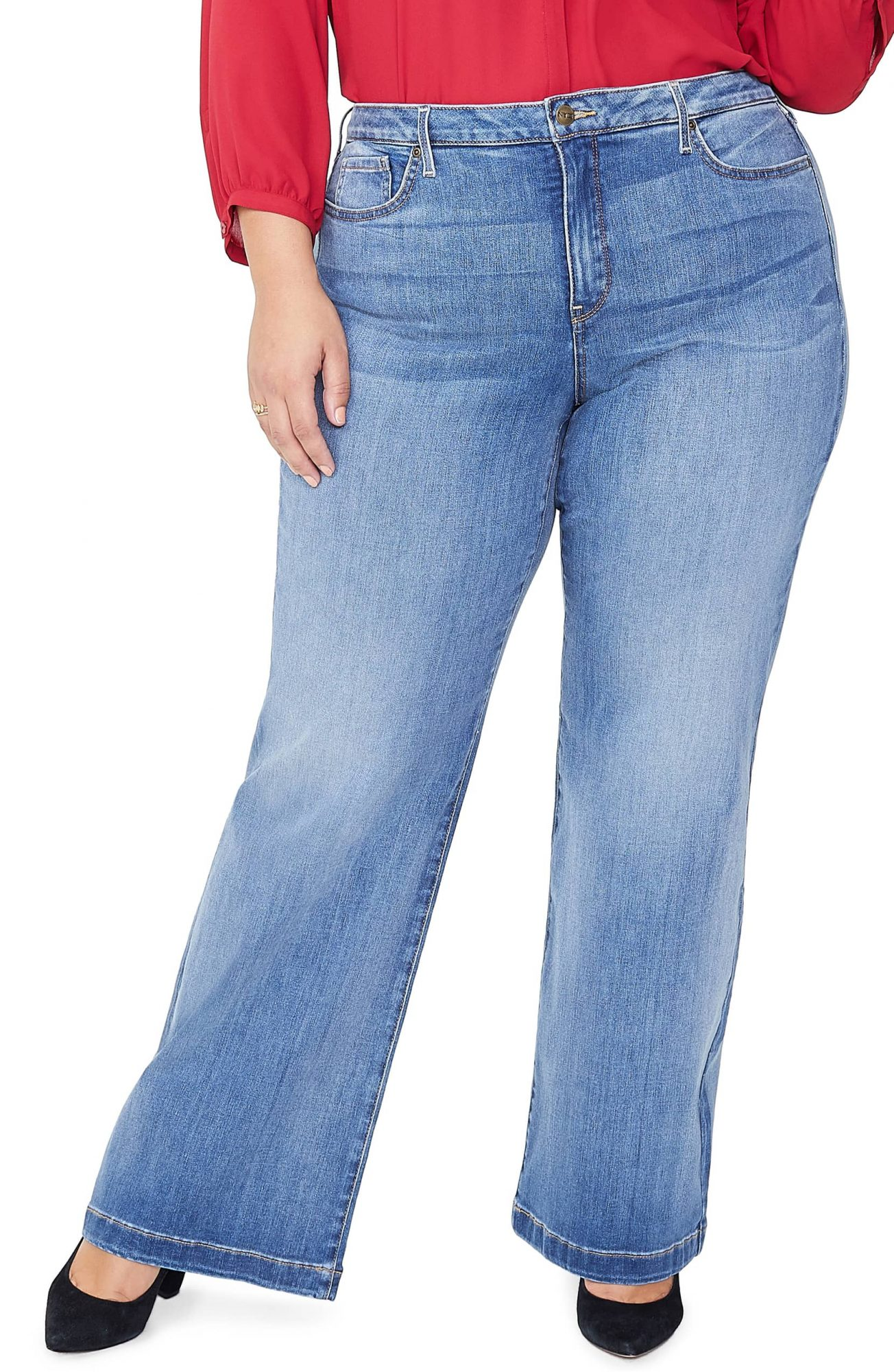 337afcc4d3 The Best Jeans for Women with Large Thighs | InStyle.com
