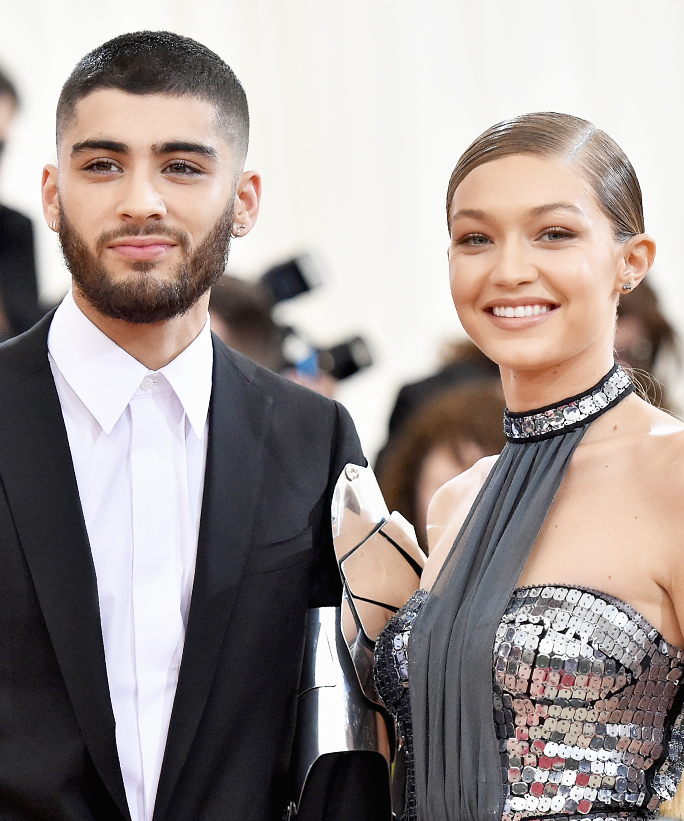 Gigi Hadid and Zayn Malik Kiss in Rare PDA-Filled Instagram