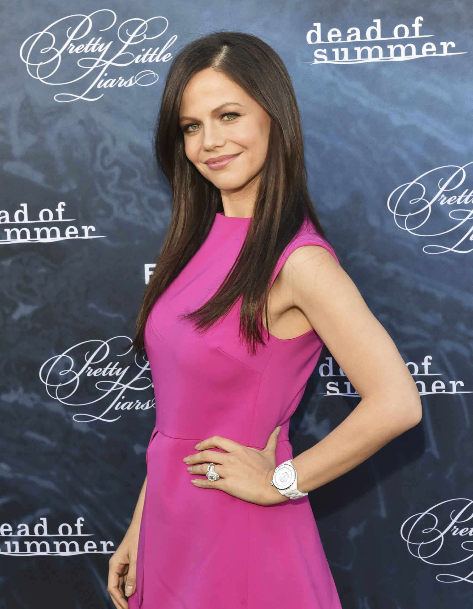 "<em>Pretty Little Liars</em> Star Tammin Sursok on Jenna's Big Return: ""She's There to Reveal Some Secrets"""