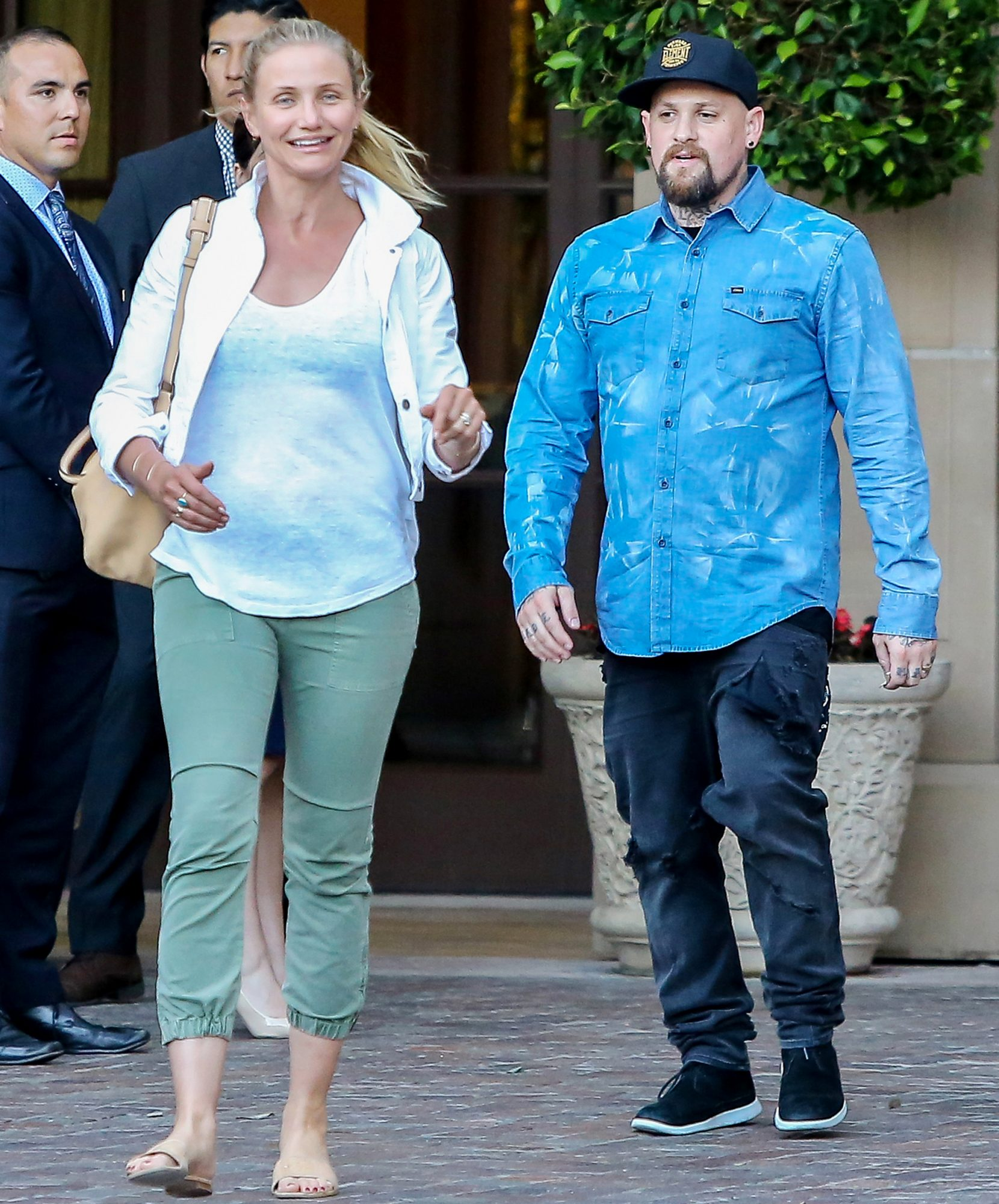 Cameron Diaz Goes Makeup Free In L A With Husband Benji
