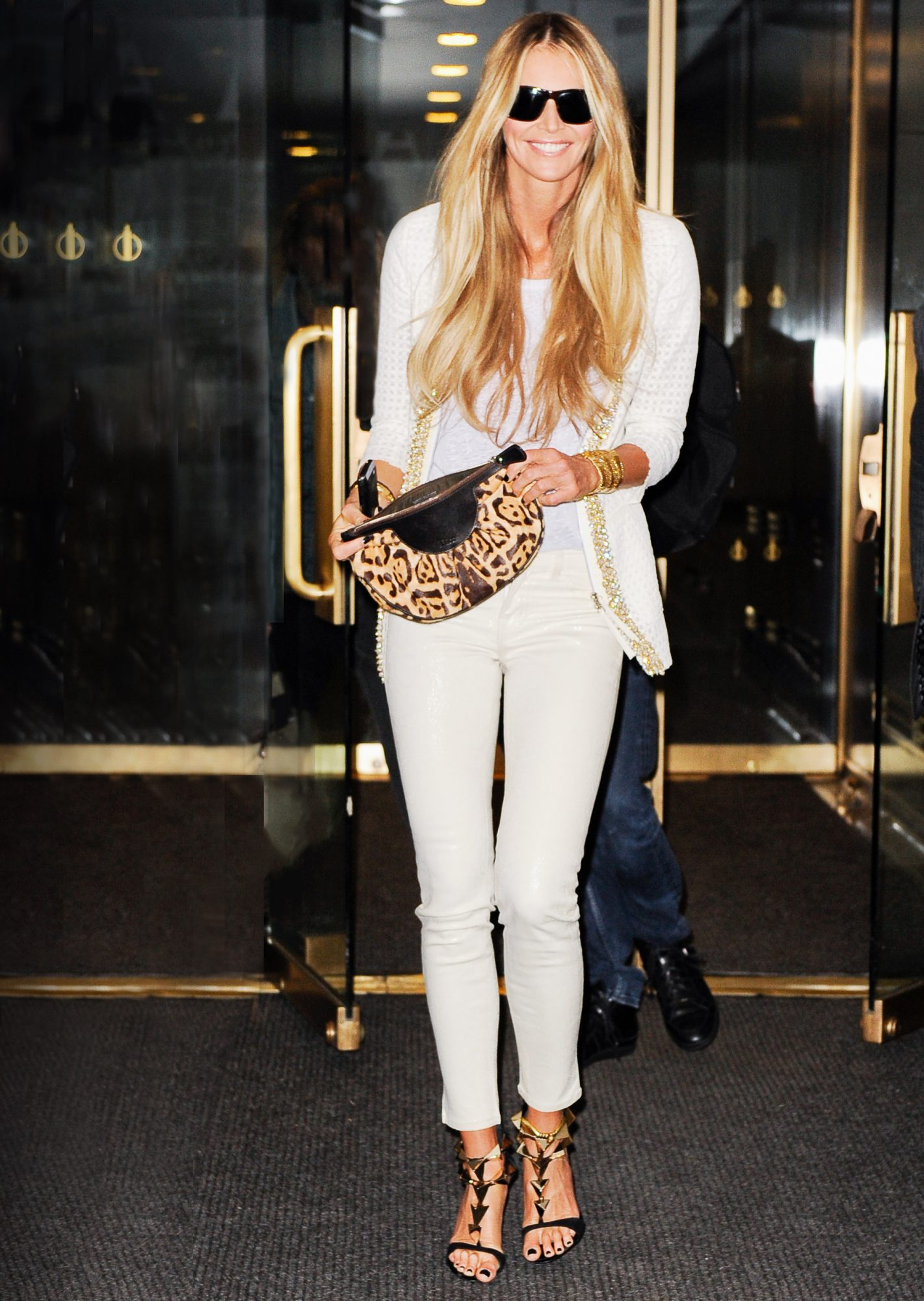 5 Foolproof Ways to Wear Your Favorite White Jeans